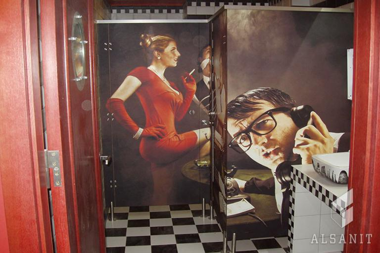 kabiny ubikacyjne z grafiką