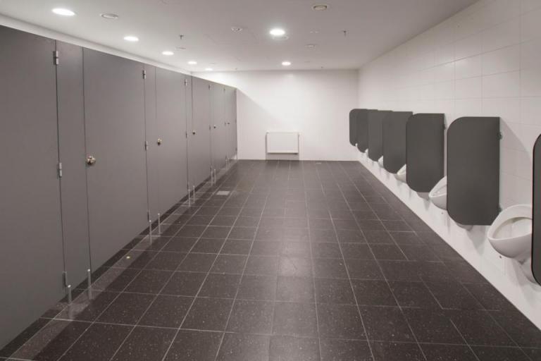 Toalety w miejscu pracy dla personelu